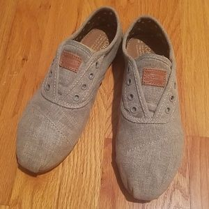 Toms Slip On Sneakers size 8.5